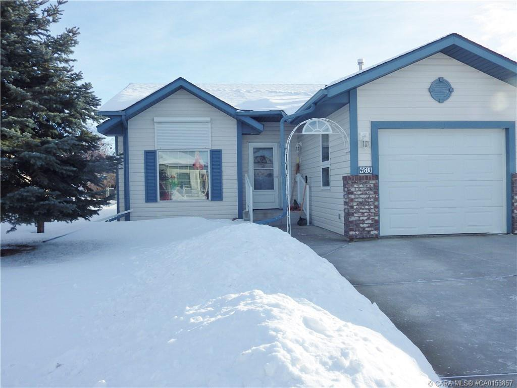Main Photo: 4613 Rimwest Crescent in Rimbey: RY Rimbey Residential for sale (Ponoka County)  : MLS®# CA0153857