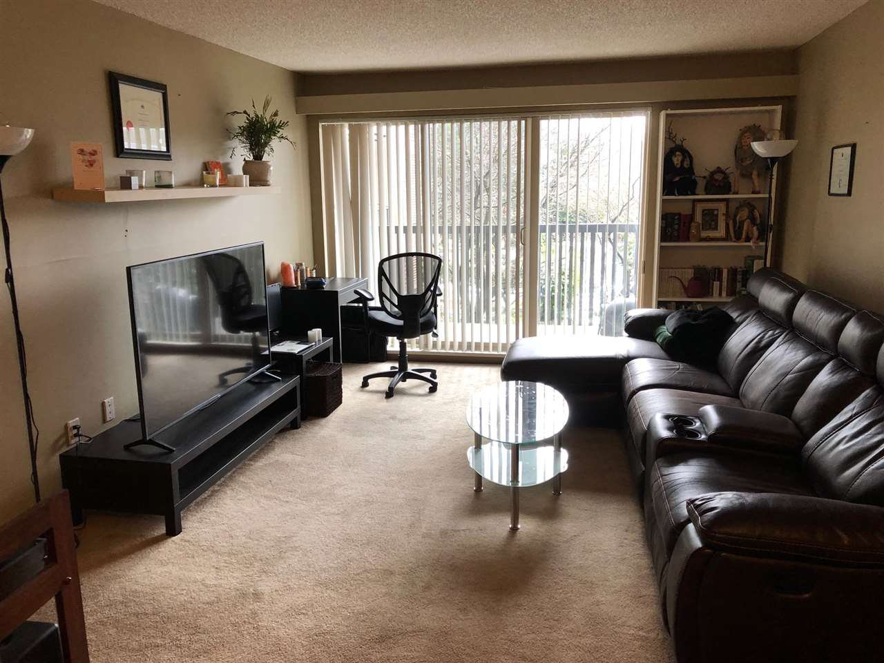 Main Photo: 215 9847 MANCHESTER Drive in Burnaby: Cariboo Condo for sale (Burnaby North)  : MLS®# R2343327