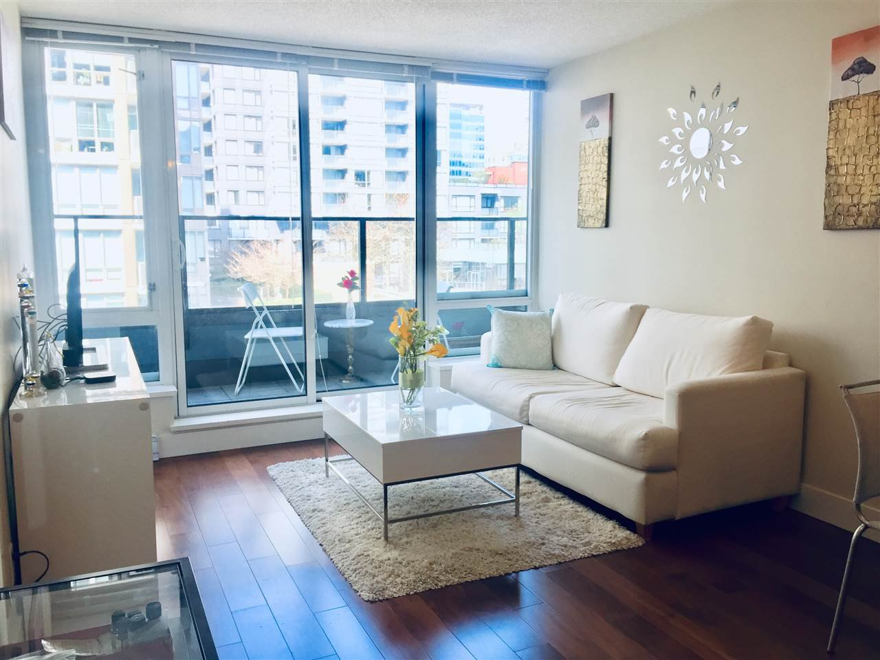 """Main Photo: 710 1088 RICHARDS Street in Vancouver: Yaletown Condo for sale in """"Richards Living"""" (Vancouver West)  : MLS®# R2349020"""