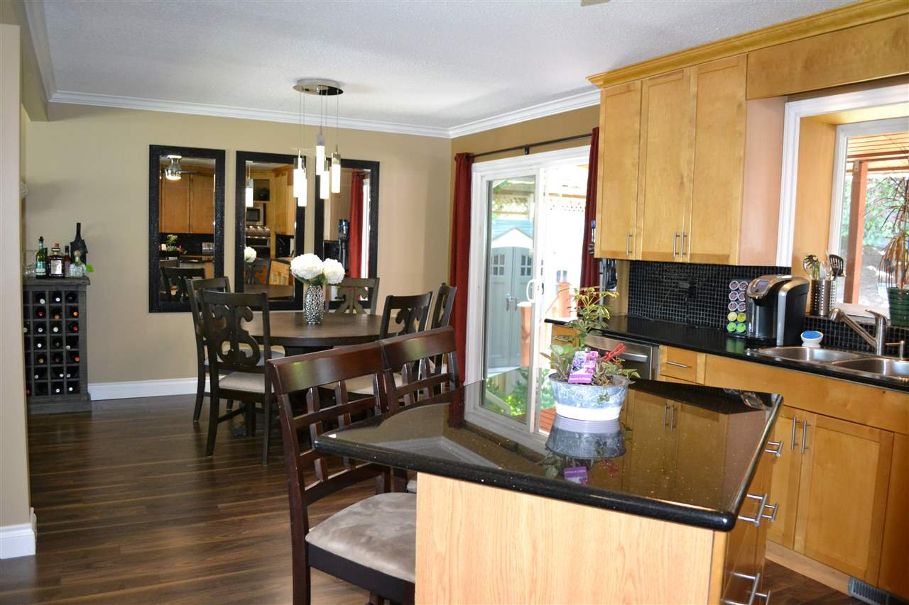 Photo 5: Photos: 32557 WILLINGDON Crescent in Abbotsford: Abbotsford West House for sale : MLS®# R2377730