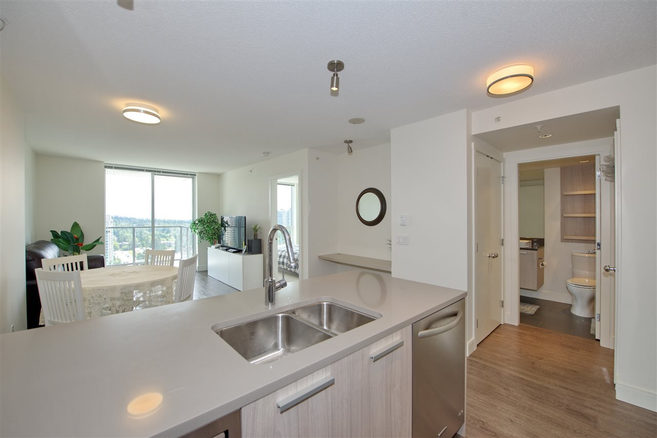 "Main Photo: 2502 3007 GLEN Drive in Coquitlam: North Coquitlam Condo for sale in ""Evergreen"" : MLS®# R2389564"
