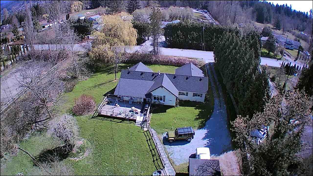 Main Photo: 13473 N 224TH Street in Maple Ridge: North Maple Ridge House for sale : MLS®# R2460428