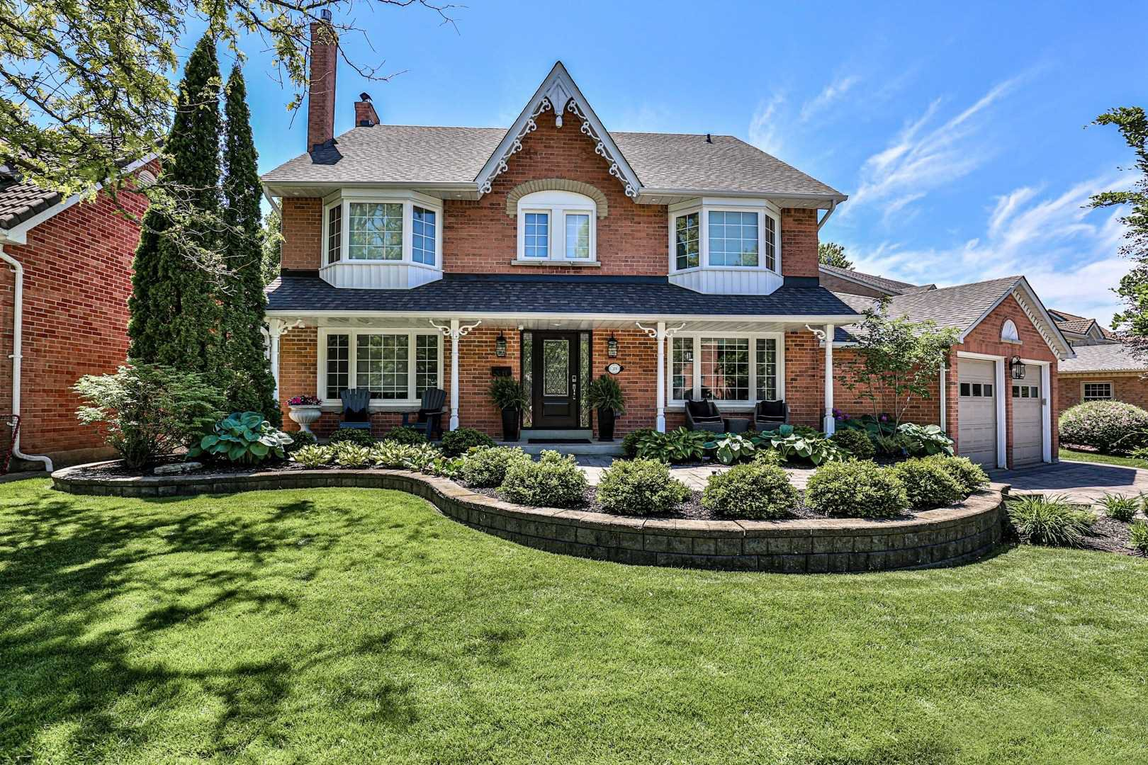 Main Photo: 39 Library Lane in Markham: Unionville House (3-Storey) for sale : MLS®# N4794285