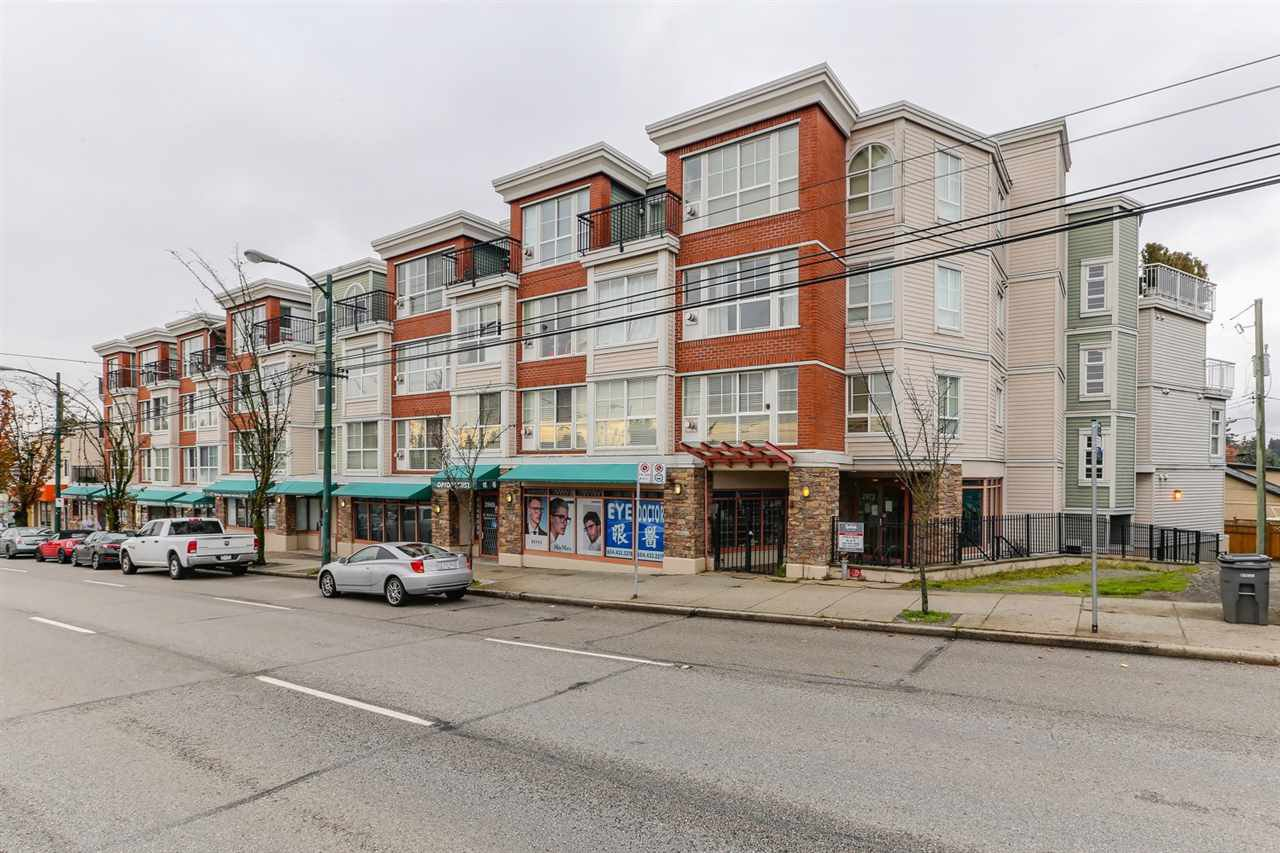 Main Photo: 202 2973 KINGSWAY STREET in Vancouver: Collingwood VE Condo for sale (Vancouver East)  : MLS®# R2436558