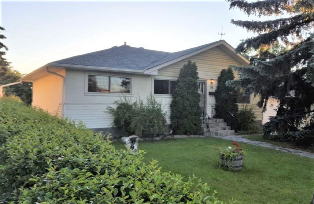 Bright 1119 square foot 3 bedroom Bungalow