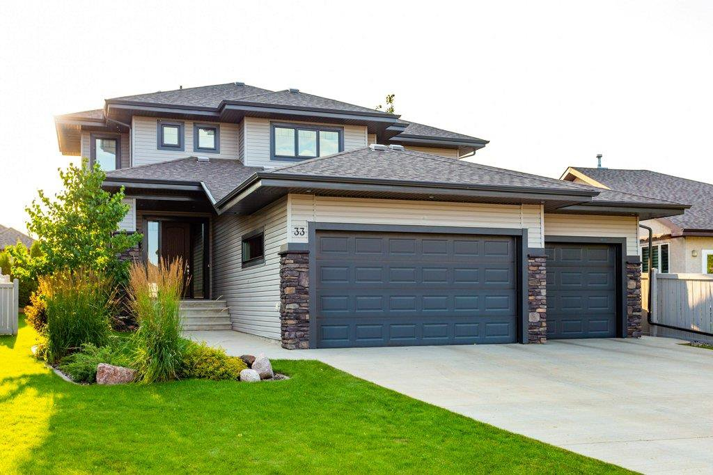 Main Photo: 33 Lacombe Drive: St. Albert House for sale : MLS®# E4210141