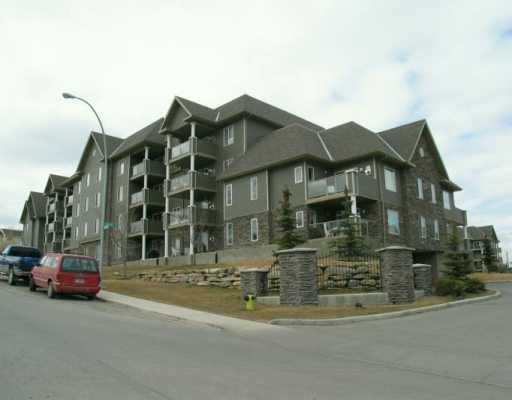 Main Photo:  in CALGARY: Millrise Condo for sale (Calgary)  : MLS®# C3120173