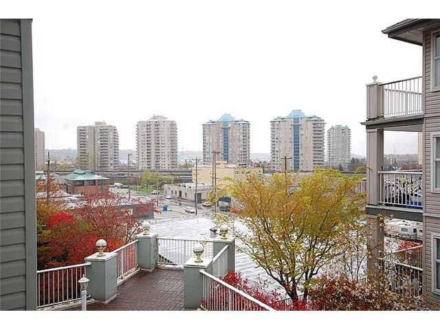 """Photo 7: Photos: 401 1032 QUEENS Avenue in New Westminster: Uptown NW Condo for sale in """"QUEENS TERRACE - Port of Call"""" : MLS®# V884469"""