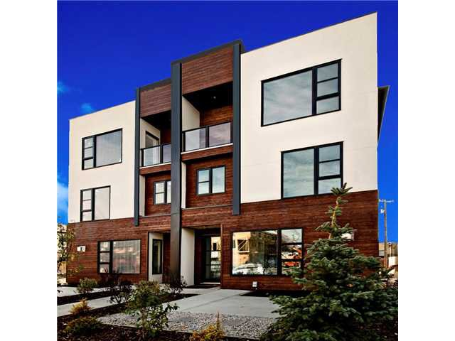 Main Photo: 1 4733 17 Avenue NW in Calgary: Montgomery Townhouse for sale : MLS®# C3636624