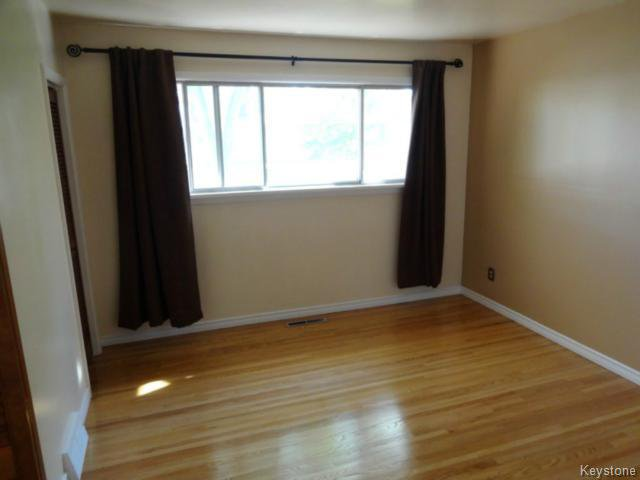 Photo 4: Photos: 99 Lennox Avenue in WINNIPEG: St Vital Residential for sale (South East Winnipeg)  : MLS®# 1424381