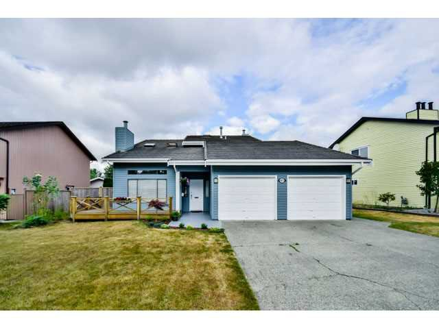 """Main Photo: 9075 144A Street in Surrey: Bear Creek Green Timbers House for sale in """"BARCLAY WYND"""" : MLS®# F1447603"""