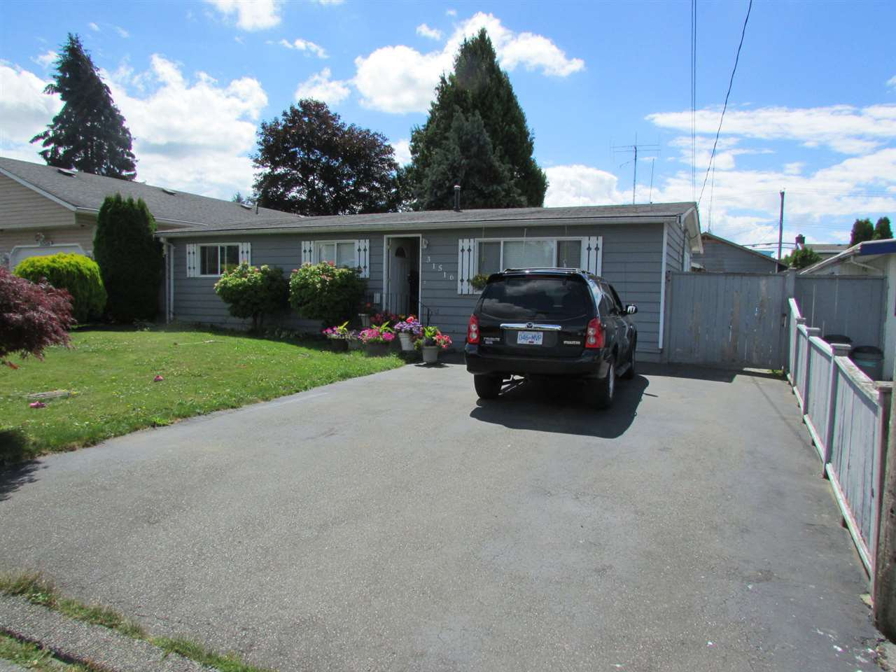 Main Photo: 31516 MONARCH Court in Abbotsford: Poplar House for sale : MLS®# R2092665