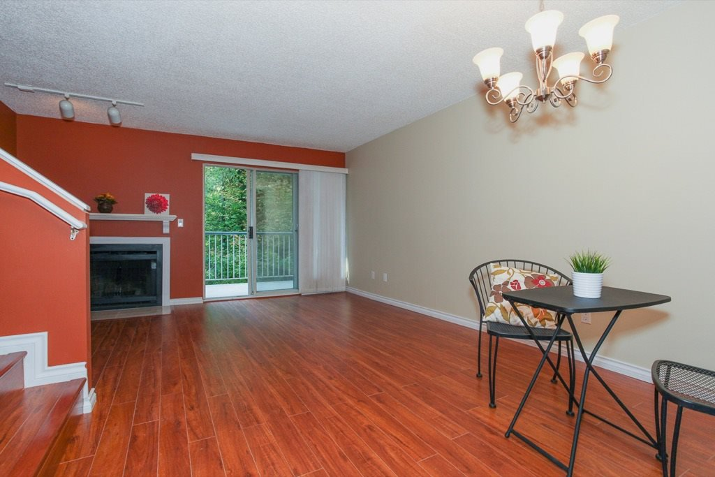 """Main Photo: 28 2978 WALTON Avenue in Coquitlam: Canyon Springs Townhouse for sale in """"CREEK TERRACE"""" : MLS®# R2113242"""