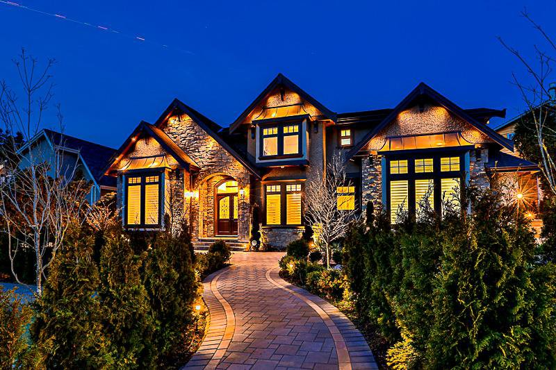 Main Photo: 6118 GORDON Avenue in Burnaby: Buckingham Heights House for sale (Burnaby South)  : MLS®# R2138102