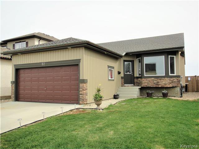 Main Photo: 82 Ed Golding Bay in Winnipeg: Canterbury Park Residential for sale (3M)  : MLS®# 1712848