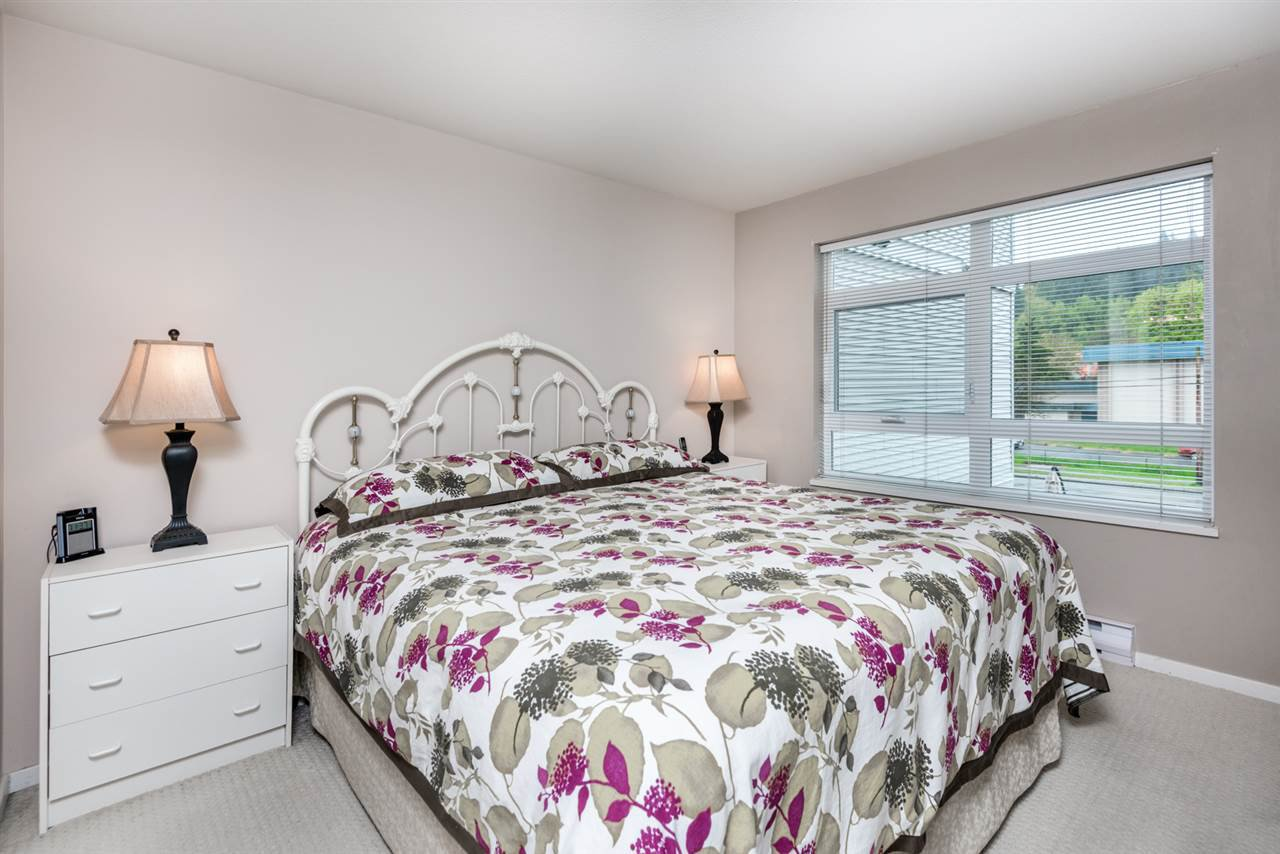 Photo 9: Photos: 321 3122 ST JOHNS STREET in Port Moody: Port Moody Centre Condo for sale : MLS®# R2164161