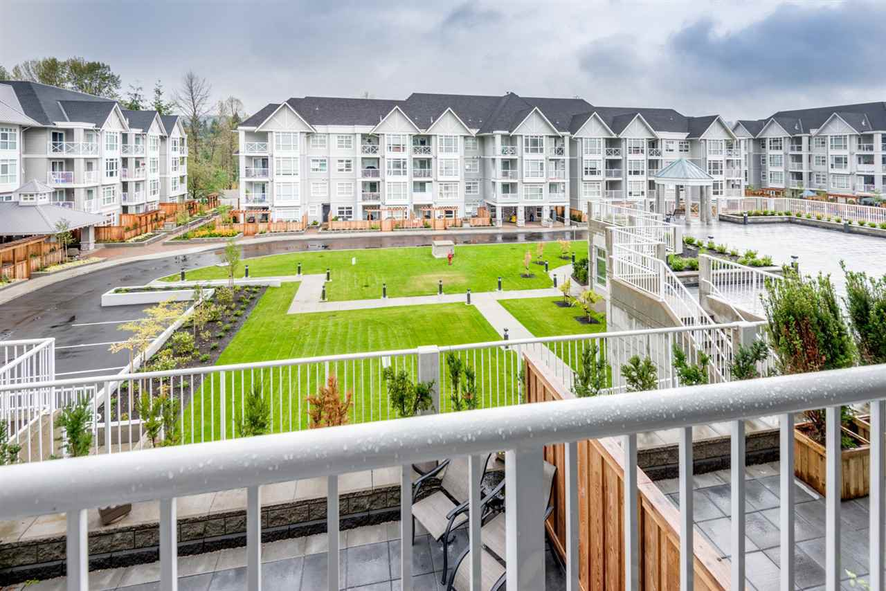 Photo 17: Photos: 321 3122 ST JOHNS STREET in Port Moody: Port Moody Centre Condo for sale : MLS®# R2164161