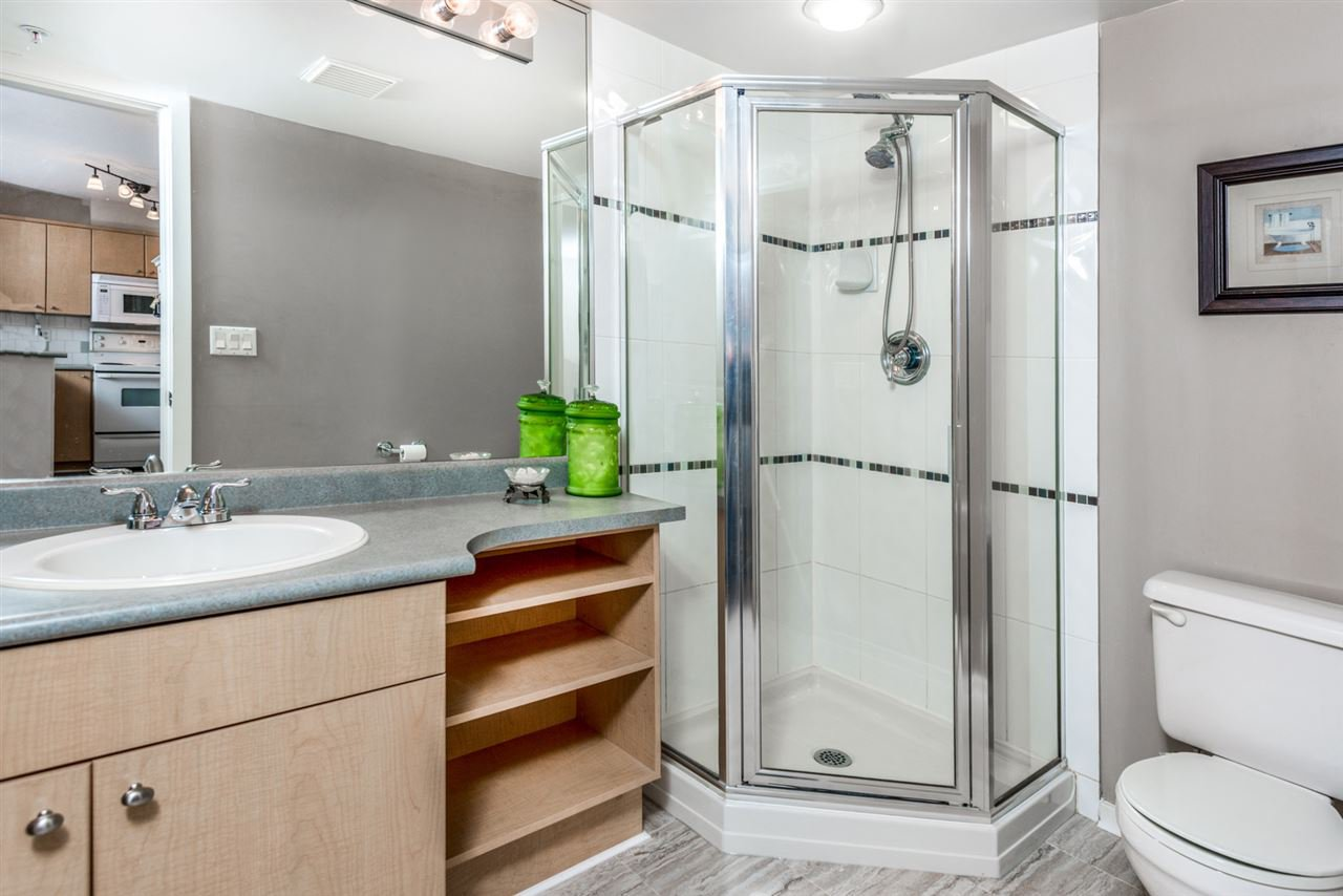 Photo 13: Photos: 321 3122 ST JOHNS STREET in Port Moody: Port Moody Centre Condo for sale : MLS®# R2164161