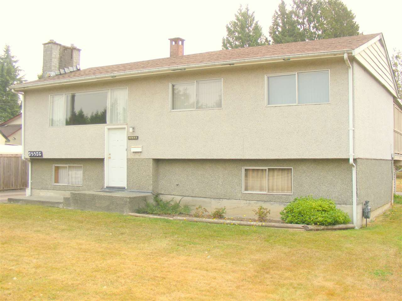 Main Photo: 23326 DEWDNEY TRUNK Road in Maple Ridge: East Central House for sale : MLS®# R2203365