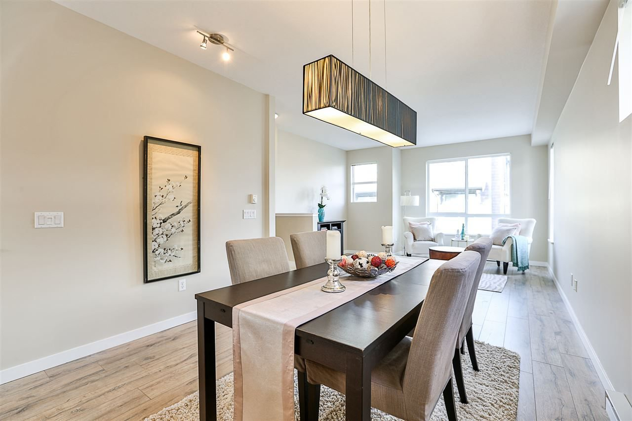"""Main Photo: 98 2729 158 Street in Surrey: Grandview Surrey Townhouse for sale in """"Kaleden Townhomes"""" (South Surrey White Rock)  : MLS®# R2241004"""