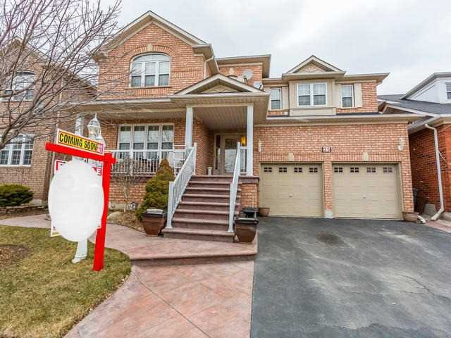 Main Photo: 25 Sir Michael Place in Brampton: Fletcher's Meadow House (2-Storey) for sale : MLS®# W4065151