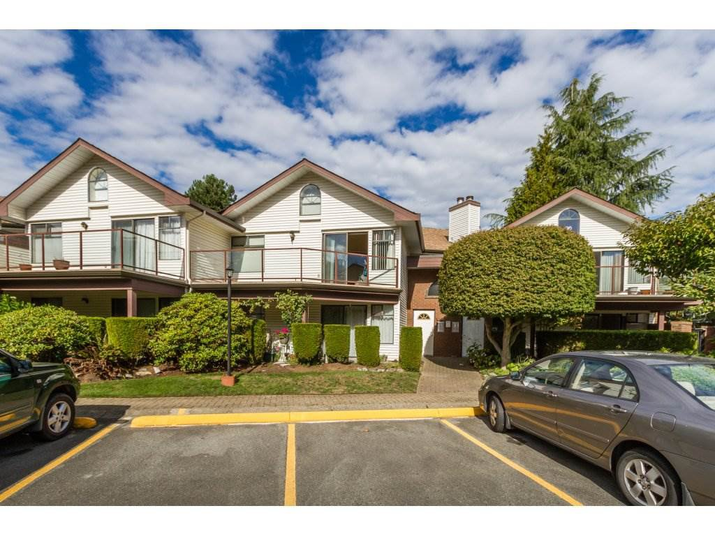 Main Photo: 202 13858 102 AVENUE in : Whalley Townhouse for sale (North Surrey)  : MLS®# R2112037