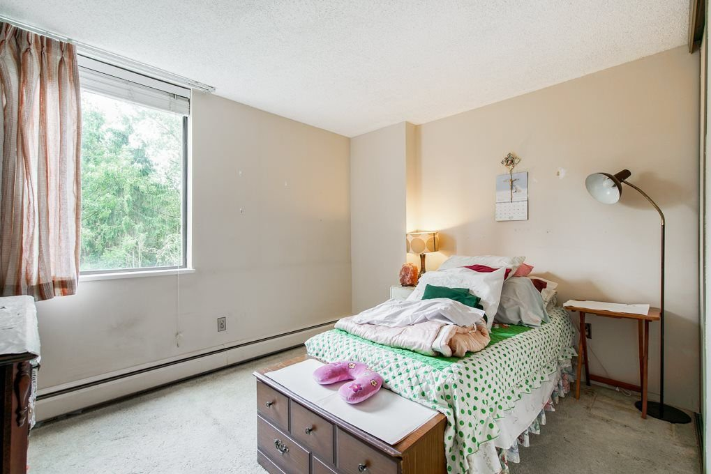 """Photo 12: Photos: 504 3737 BARTLETT Court in Burnaby: Sullivan Heights Condo for sale in """"TIMBERLEA """"THE MAPLES"""""""" (Burnaby North)  : MLS®# R2311296"""