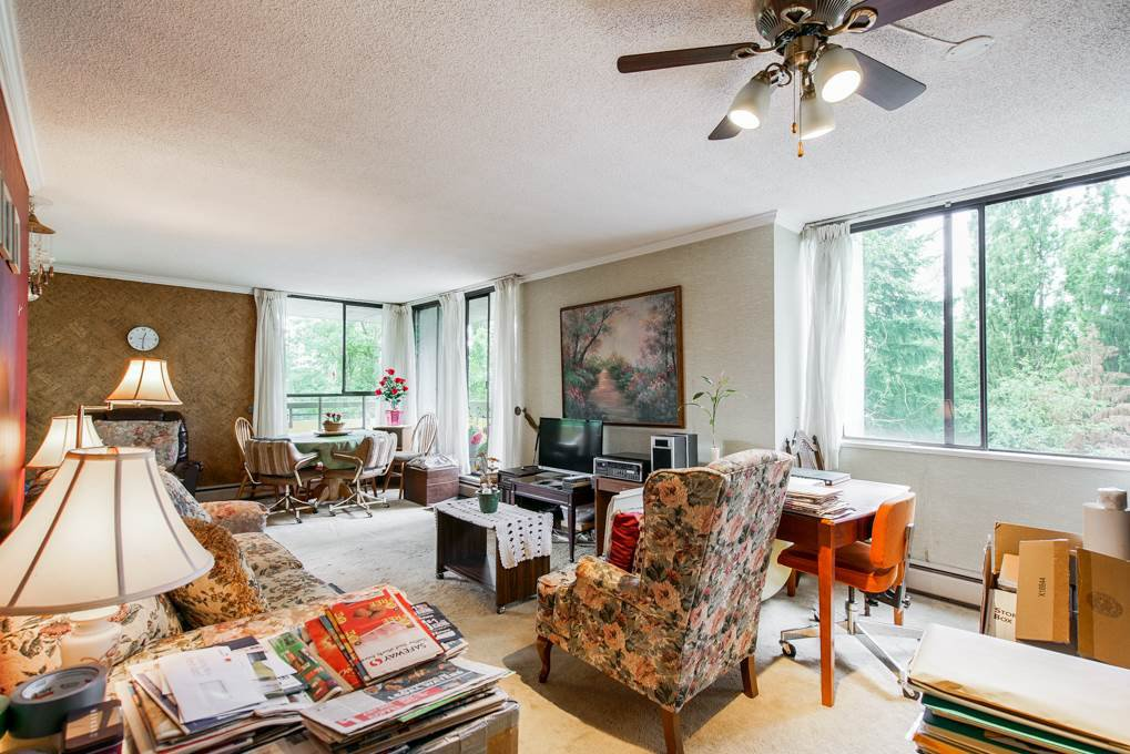 """Photo 2: Photos: 504 3737 BARTLETT Court in Burnaby: Sullivan Heights Condo for sale in """"TIMBERLEA """"THE MAPLES"""""""" (Burnaby North)  : MLS®# R2311296"""