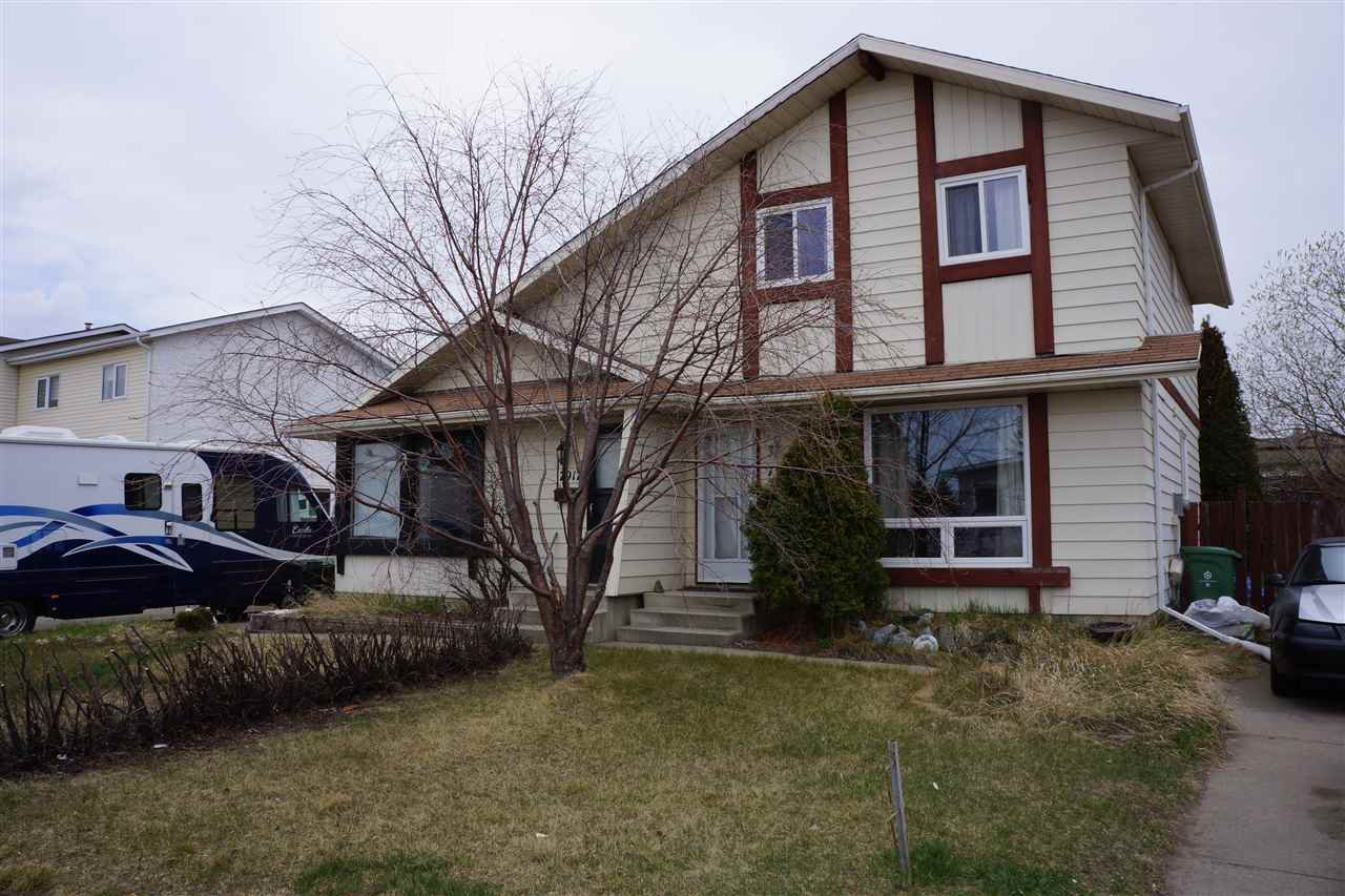 Photo 1: Photos: 7915 92 Avenue: Fort Saskatchewan House Half Duplex for sale : MLS®# E4159990