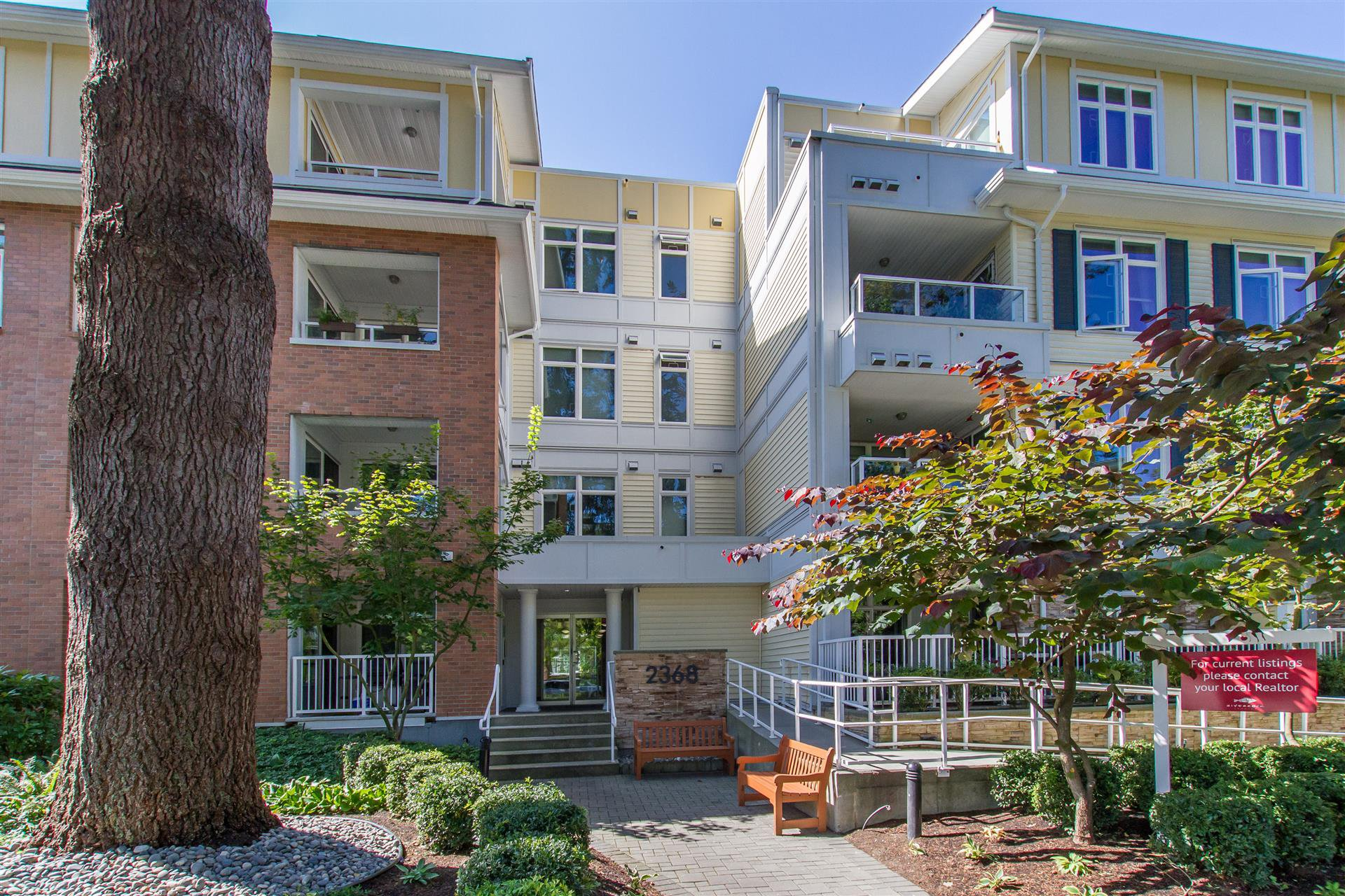 Main Photo: 118 2368 Marpole Ave in Port Coquitlam: Central Pt Coquitlam Condo for sale : MLS®# R2441544