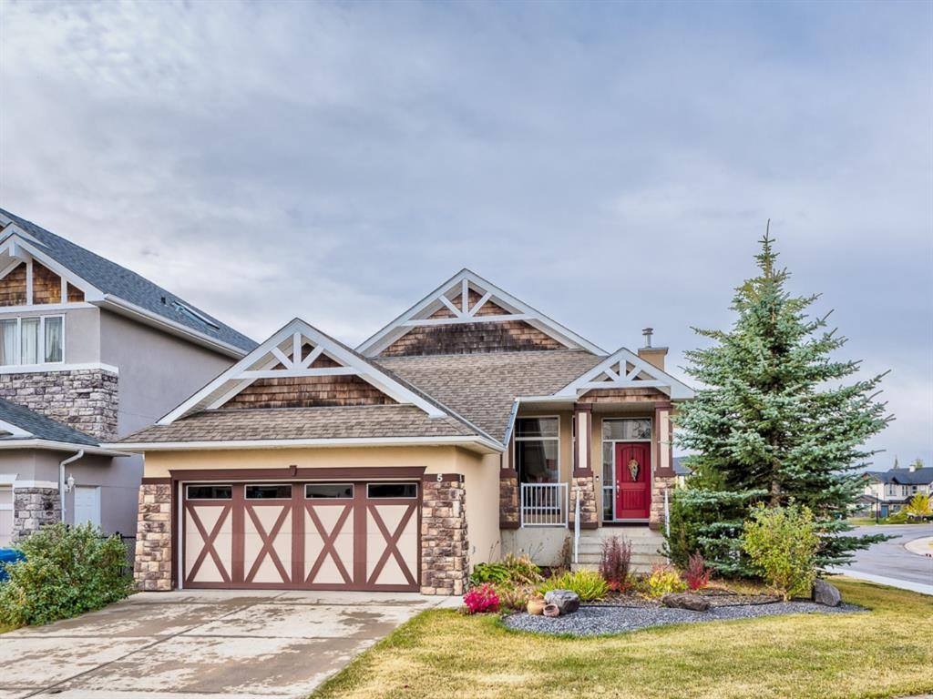 Main Photo: 5 Val Gardena View SW in Calgary: Springbank Hill Detached for sale : MLS®# A1043905