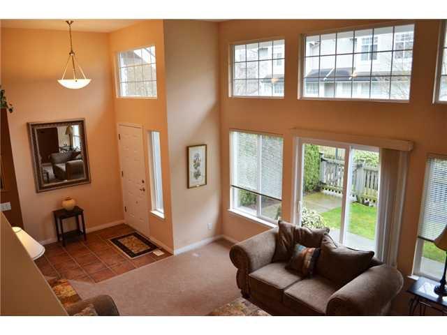 "Main Photo: 34 23343 KANAKA Way in Maple Ridge: Cottonwood MR Townhouse for sale in ""Cottonwood Grove"" : MLS®# V989172"