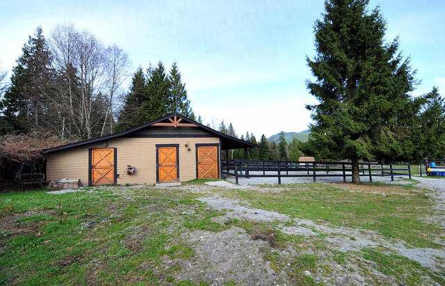 Photo 8: Photos: 30919 DEWDNEY TRUNK RD in Mission: Stave Falls House for sale : MLS®# F1303274