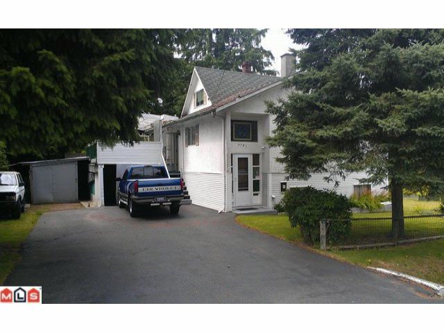 "Main Photo: 9781 126TH Street in Surrey: Cedar Hills House for sale in ""CEDAR HILLS"" (North Surrey)  : MLS®# F1316122"