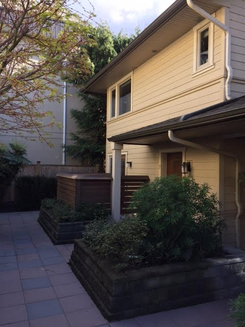 Photo 1: Photos: East 4th in North Vancouver: Lower Lonsdale Townhouse for rent