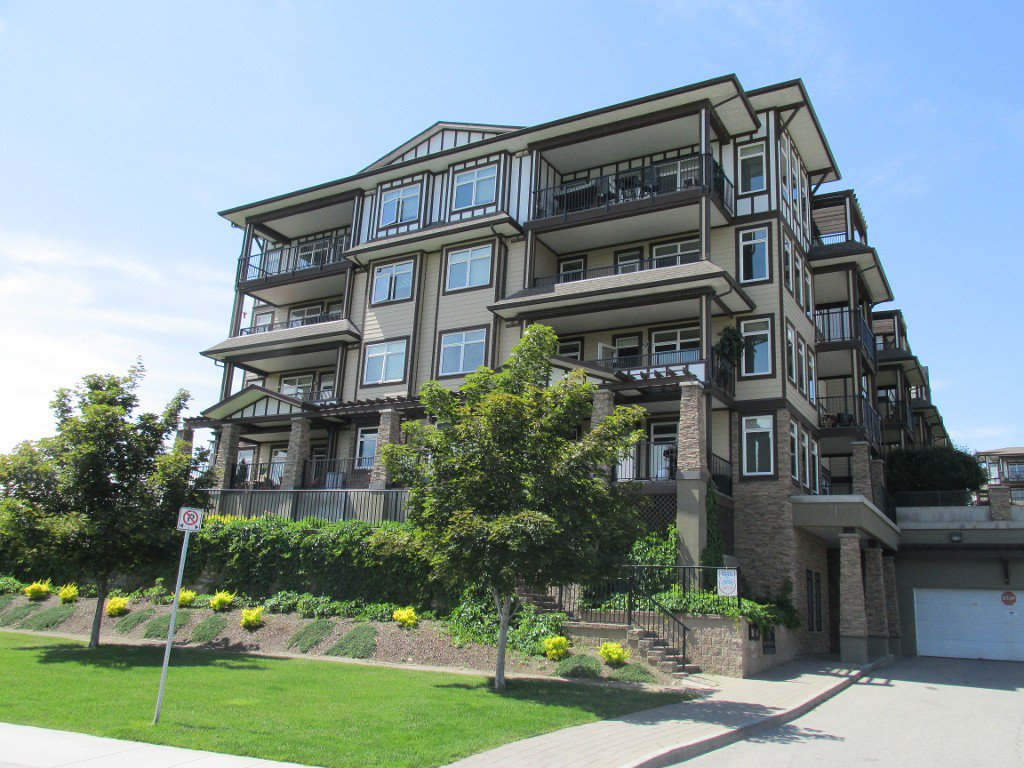 Main Photo: 	#4404 3842 Old Okanagan Hwy in West Kelowna: Westbank Condo for sale : MLS®# 10117167