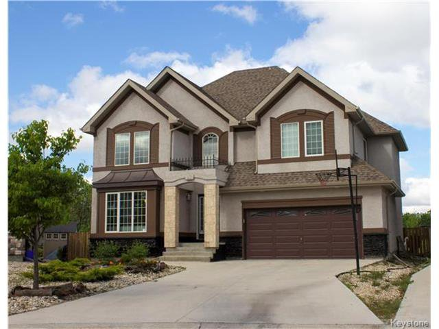 Main Photo: 23 Burbank: Residential for sale (1R)  : MLS®# 1714417