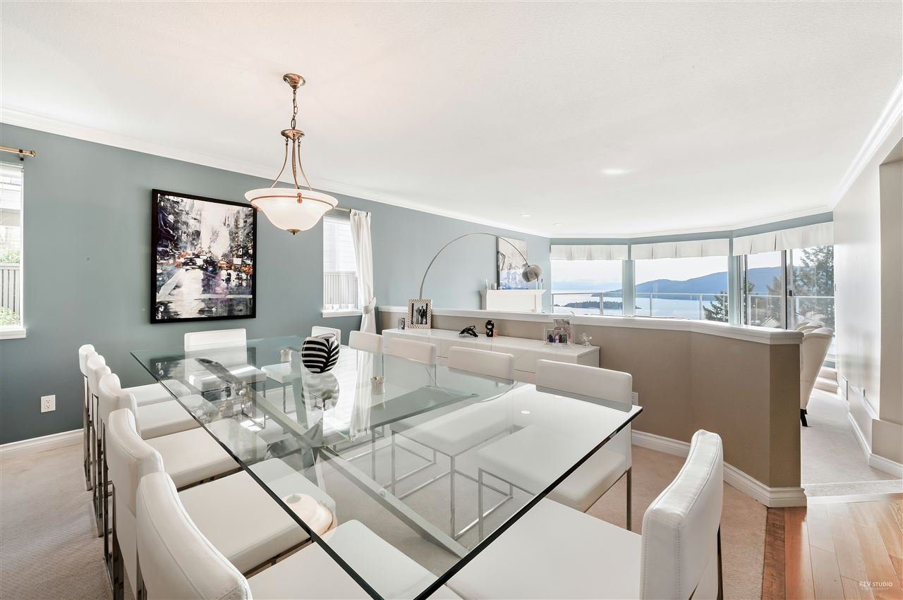 Photo 5: Photos: 5349 MONTE BRE CRESCENT in West Vancouver: Upper Caulfeild House for sale : MLS®# R2345408