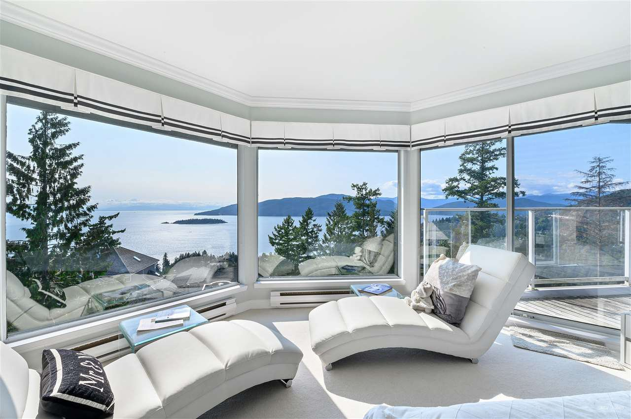 Photo 14: Photos: 5349 MONTE BRE CRESCENT in West Vancouver: Upper Caulfeild House for sale : MLS®# R2345408