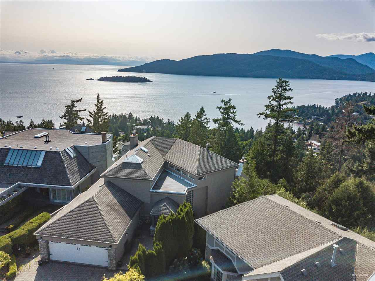 Photo 15: Photos: 5349 MONTE BRE CRESCENT in West Vancouver: Upper Caulfeild House for sale : MLS®# R2345408