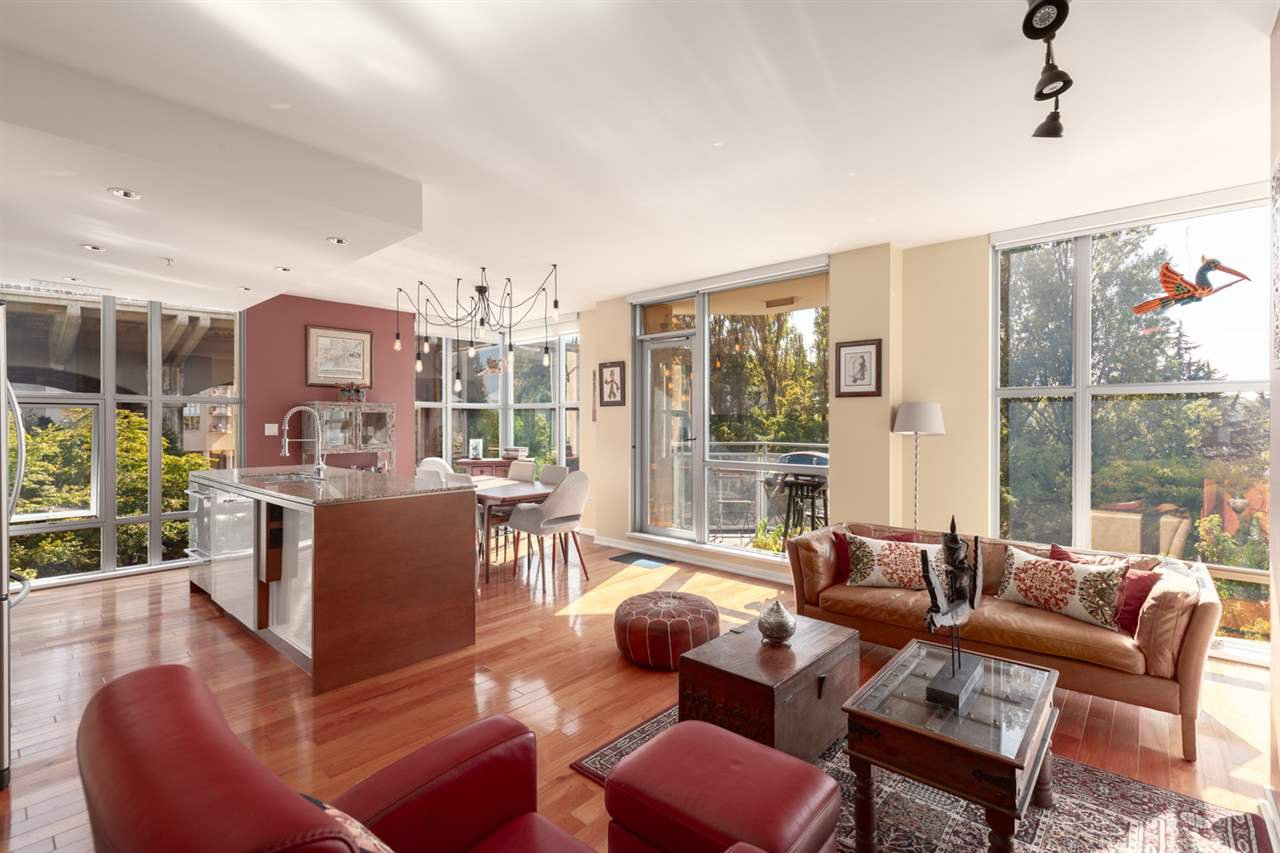 Main Photo: 402 1005 BEACH AVENUE in Vancouver: West End VW Condo for sale (Vancouver West)  : MLS®# R2403390