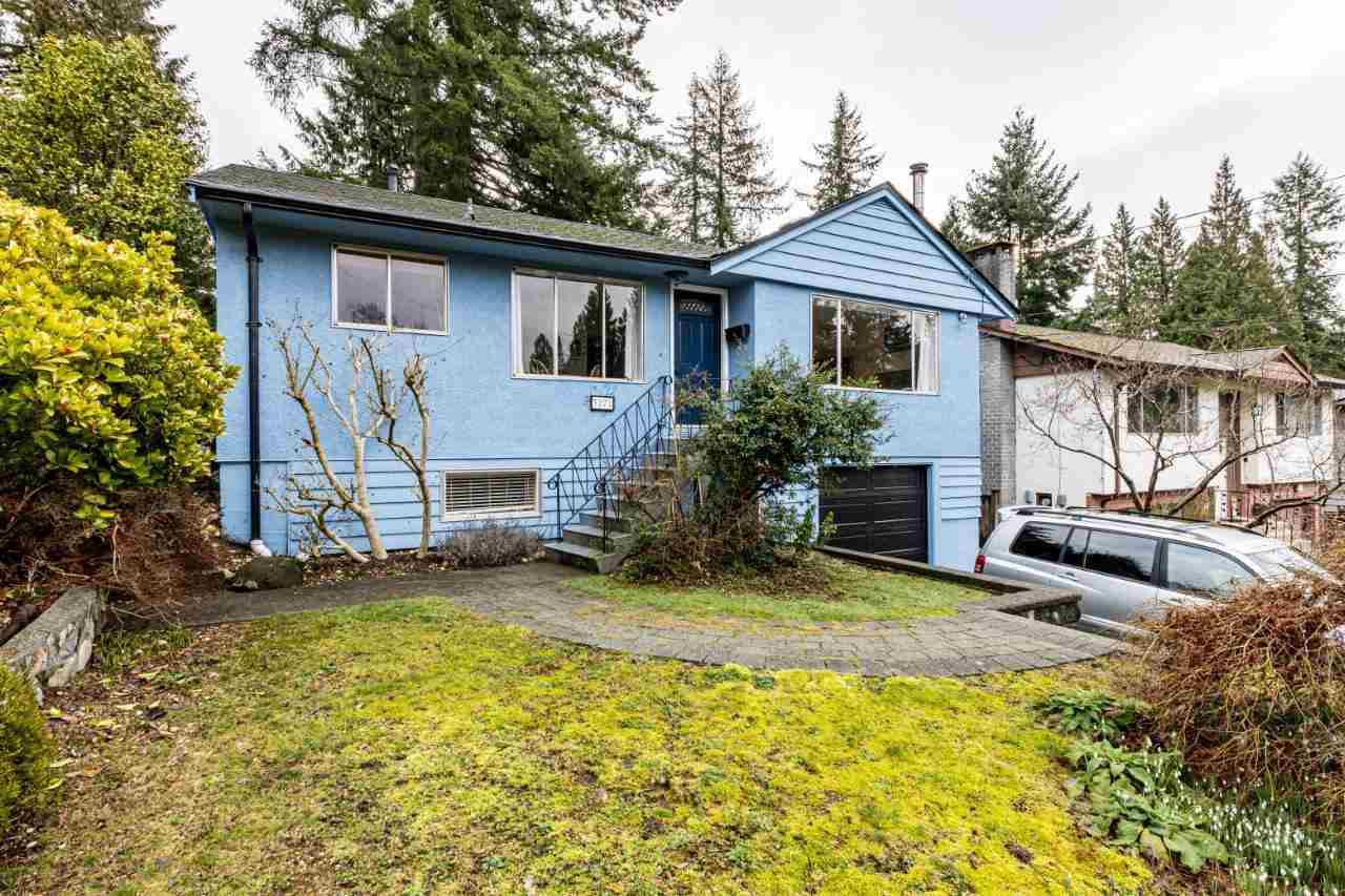 Main Photo: 3272 DUVAL Road in North Vancouver: Lynn Valley House for sale : MLS®# R2434841