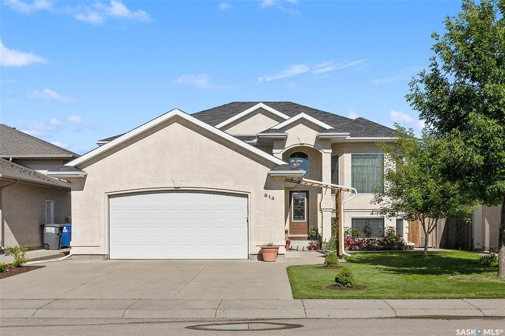Main Photo: 614 Carr Crescent in Saskatoon: Silverspring Residential for sale : MLS®# SK815092