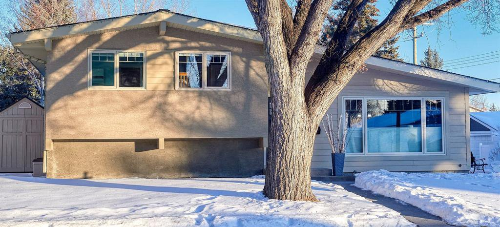 Main Photo: 3404 Lane Crescent SW in Calgary: Lakeview Detached for sale : MLS®# A1058746