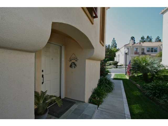 Photo 18: Photos: AVIARA Townhome for sale : 3 bedrooms : 1628 Cormorant Drive in Carlsbad
