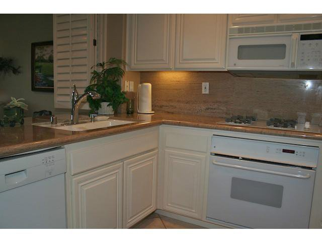 Photo 20: Photos: AVIARA Townhome for sale : 3 bedrooms : 1628 Cormorant Drive in Carlsbad