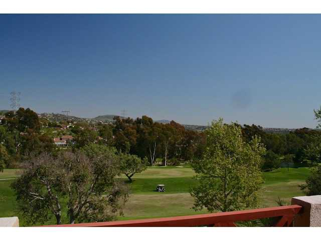 Photo 11: Photos: AVIARA Townhome for sale : 3 bedrooms : 1628 Cormorant Drive in Carlsbad