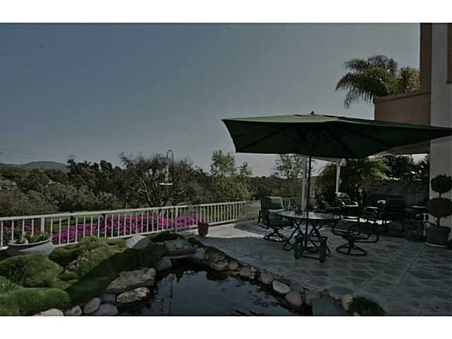 Photo 4: Photos: AVIARA Townhome for sale : 3 bedrooms : 1628 Cormorant Drive in Carlsbad