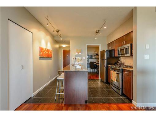 Main Photo: 506 160 Wilson St in VICTORIA: VW Victoria West Condo for sale (Victoria West)  : MLS®# 647415