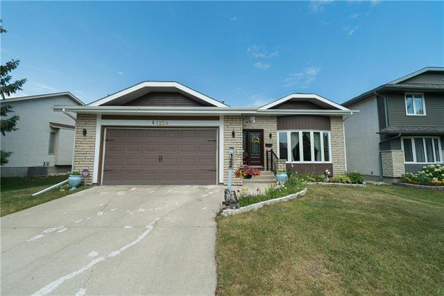 Main Photo: 122 Wallingford Crescent in Winnipeg: Linden Woods Residential for sale (1M)  : MLS®# 1922220